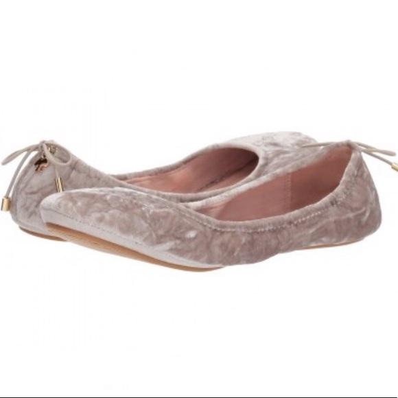 c27e6c623f9c kate spade Shoes - Kate Spade Globe velvet flats in Pearl Gray